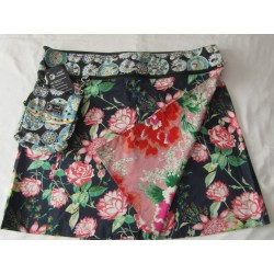 Zand Reversible Mary Skirt